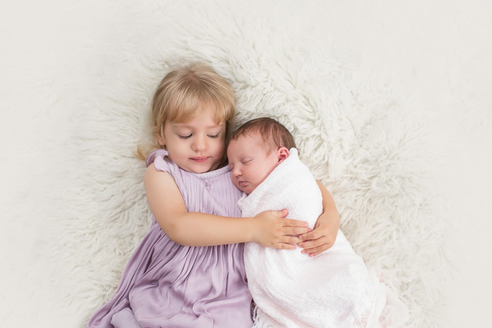 Newborn Siblings Photography (19)